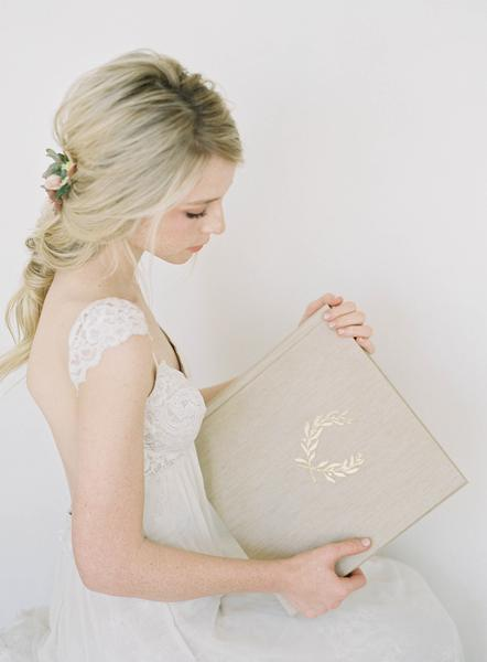 heirloom-bindery-guest-book-wedding-photo-album.jpg