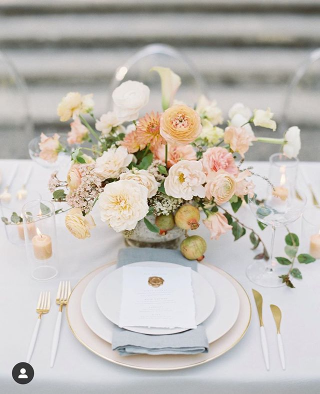 Just a little taste from our editorial shoot at Beaulieu Gardens in Napa Valley with some fabulously talented ladies. Can't wait to see more images ✨ ✨ ✨ - What kind of Inspirational imagery do you like to see? Table design? Floral? Bridal beauty? Wedding dress? Paper goods? Venue space? - @tenthandgrace @mandolinflowers @quissy