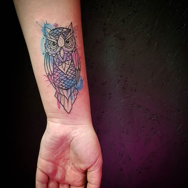 @burn_the_witch_tattoo #soniajade  #watercolourtattoo #watercolortattooartist #watercolortattooartist #watercolour #owl #owltattoo #watercolourowl #exeter #exetertattooist #uktattooartist