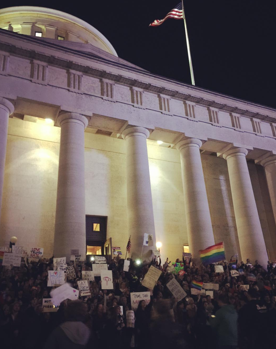 Photo by @lgbtease28 at the Ohio Statehouse in Columbus, Ohio