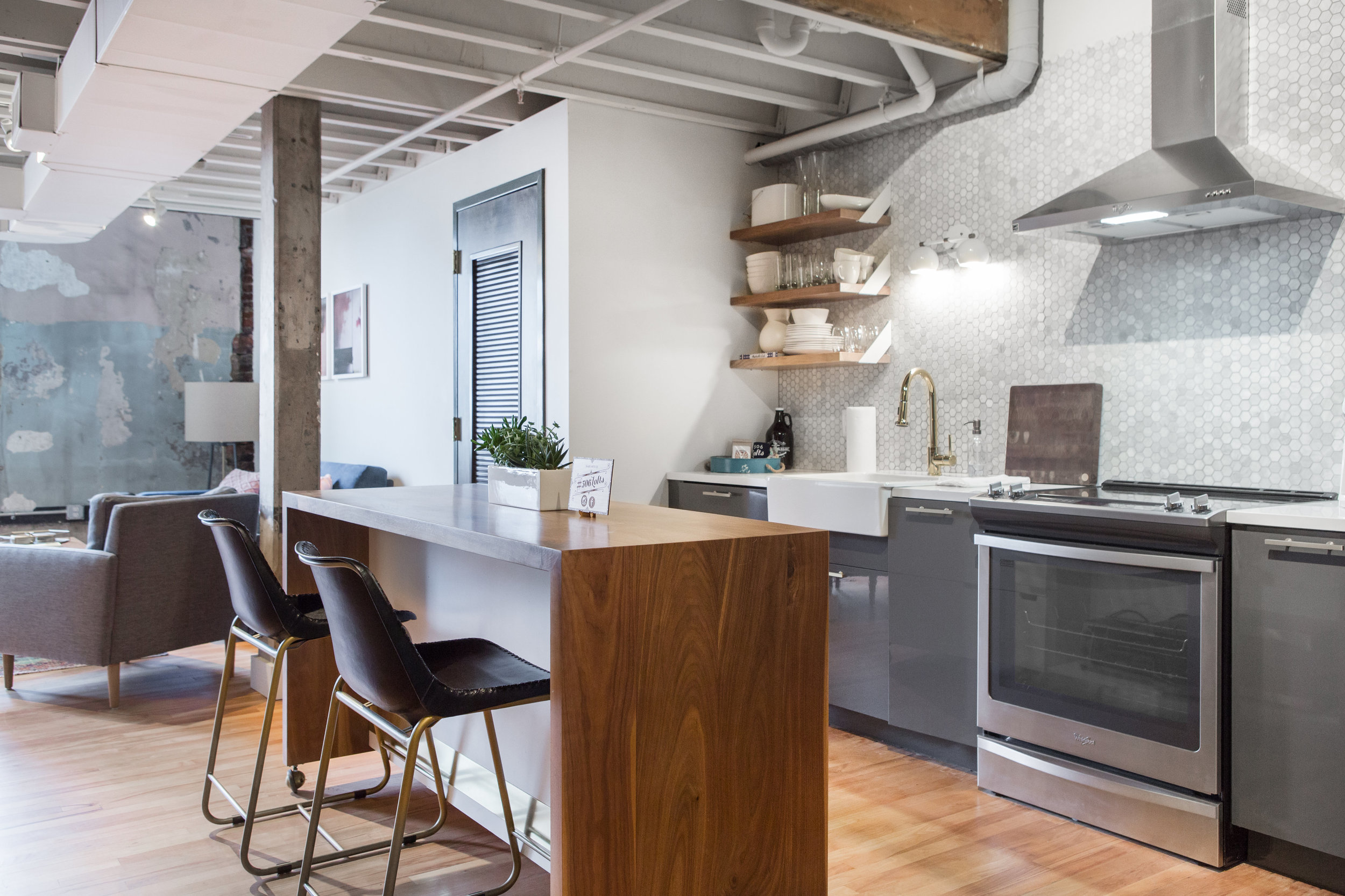 Loft 301 Kitchen.jpg