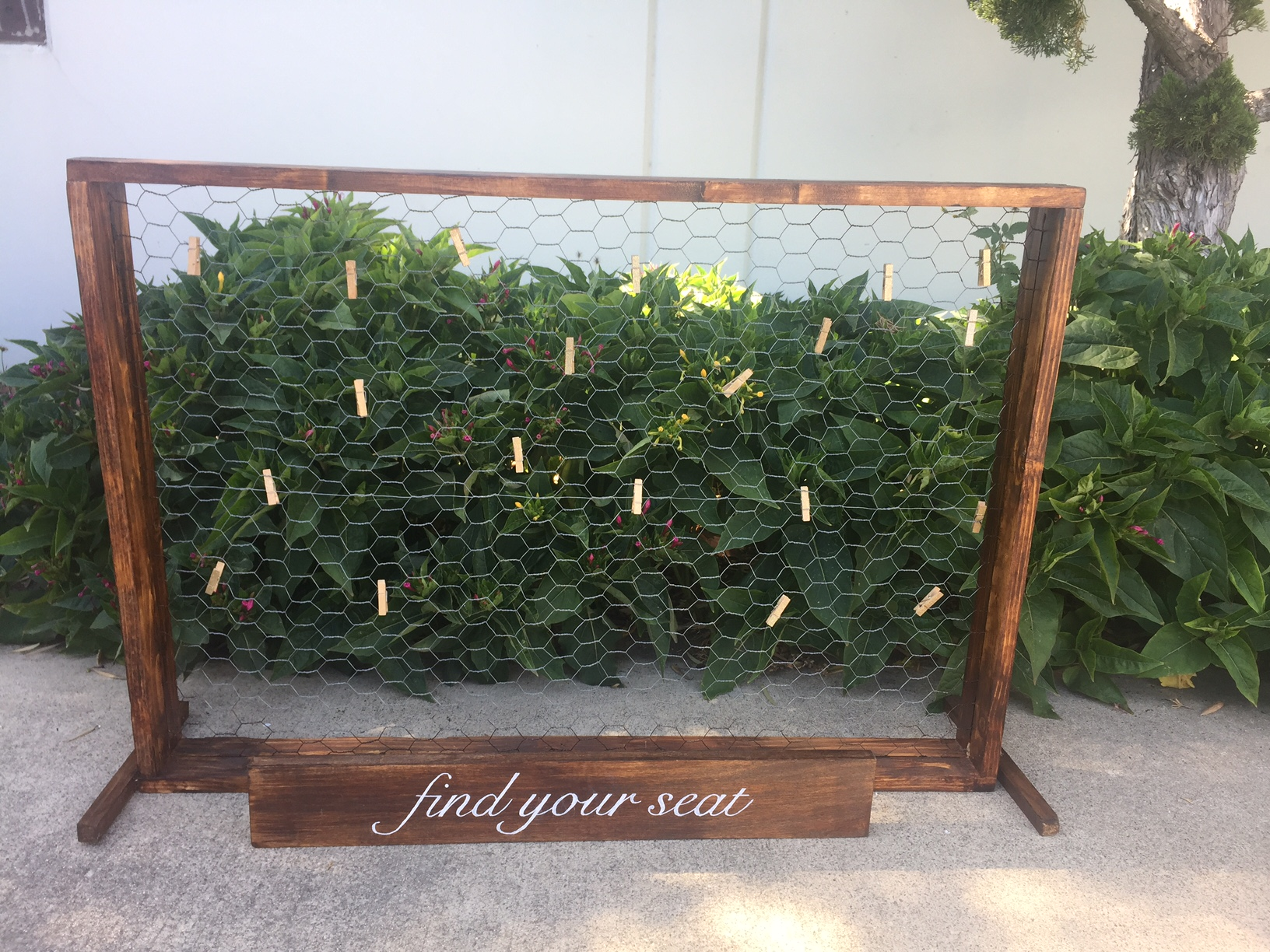 Tabletop Wire Escort Card/Photo Holder - (1)