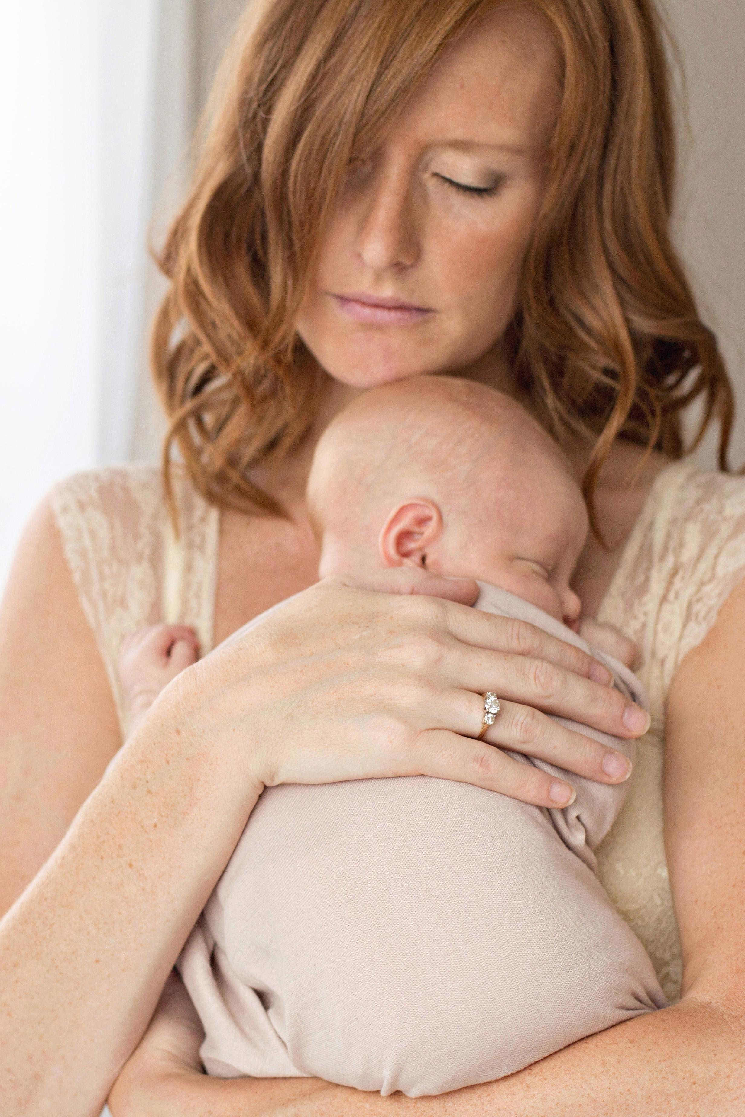 louisville ky newborn photographer | julie brock photography | louisville ky family photographer | louisville ky maternity photographer | baby photographer