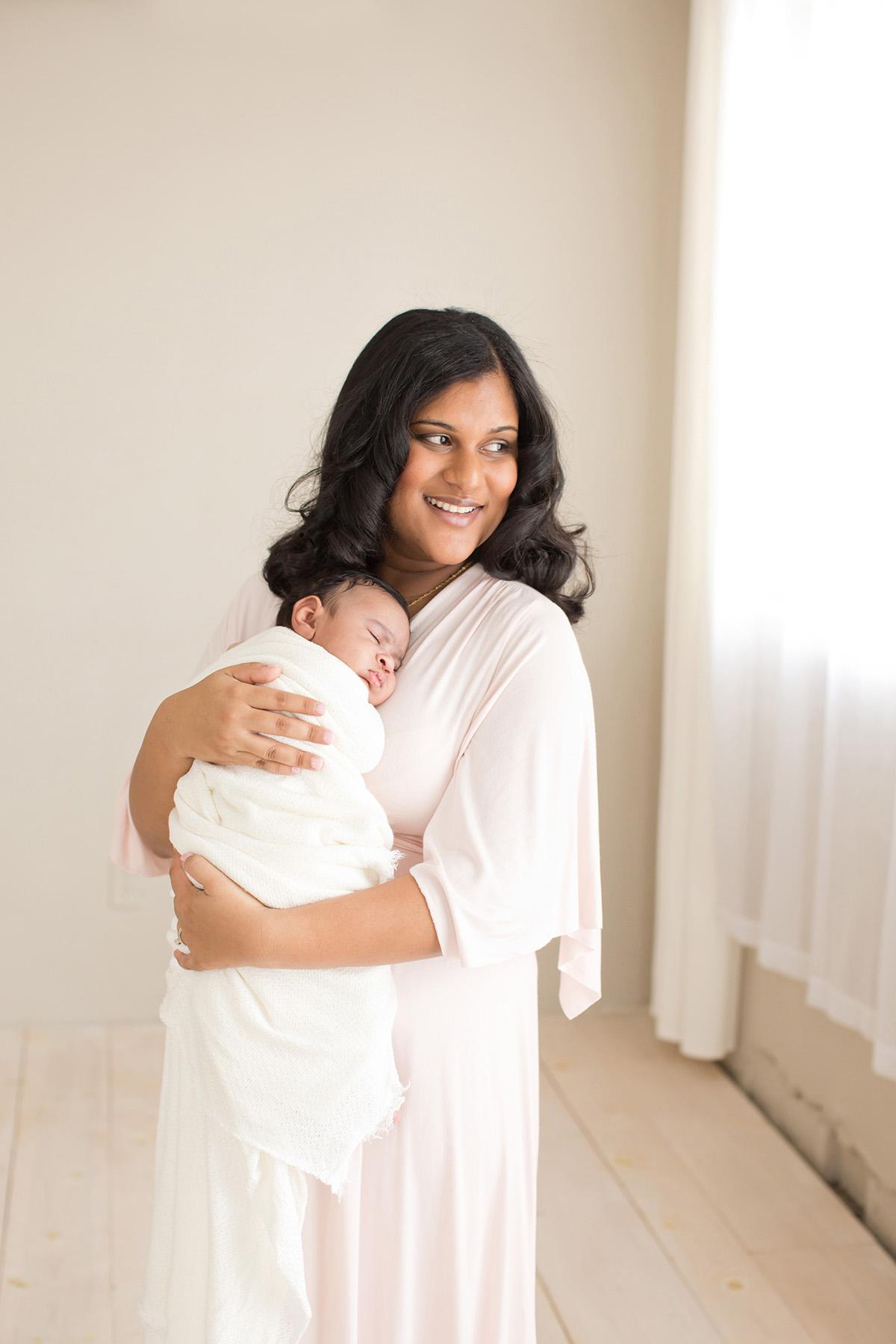Newborn Maternity and Family Photographer in Louisville KY | Julie Brock Photography | Lexington KY Newborn Photographer | mother and baby photo shoot | boho newborn session.jpg