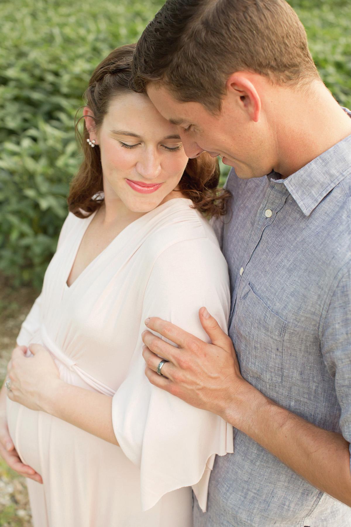 Louisville Newborn Photographer | Julie Brock Photographer | Louisville Maternity Photographers | Louisville Family Photographer.jpg