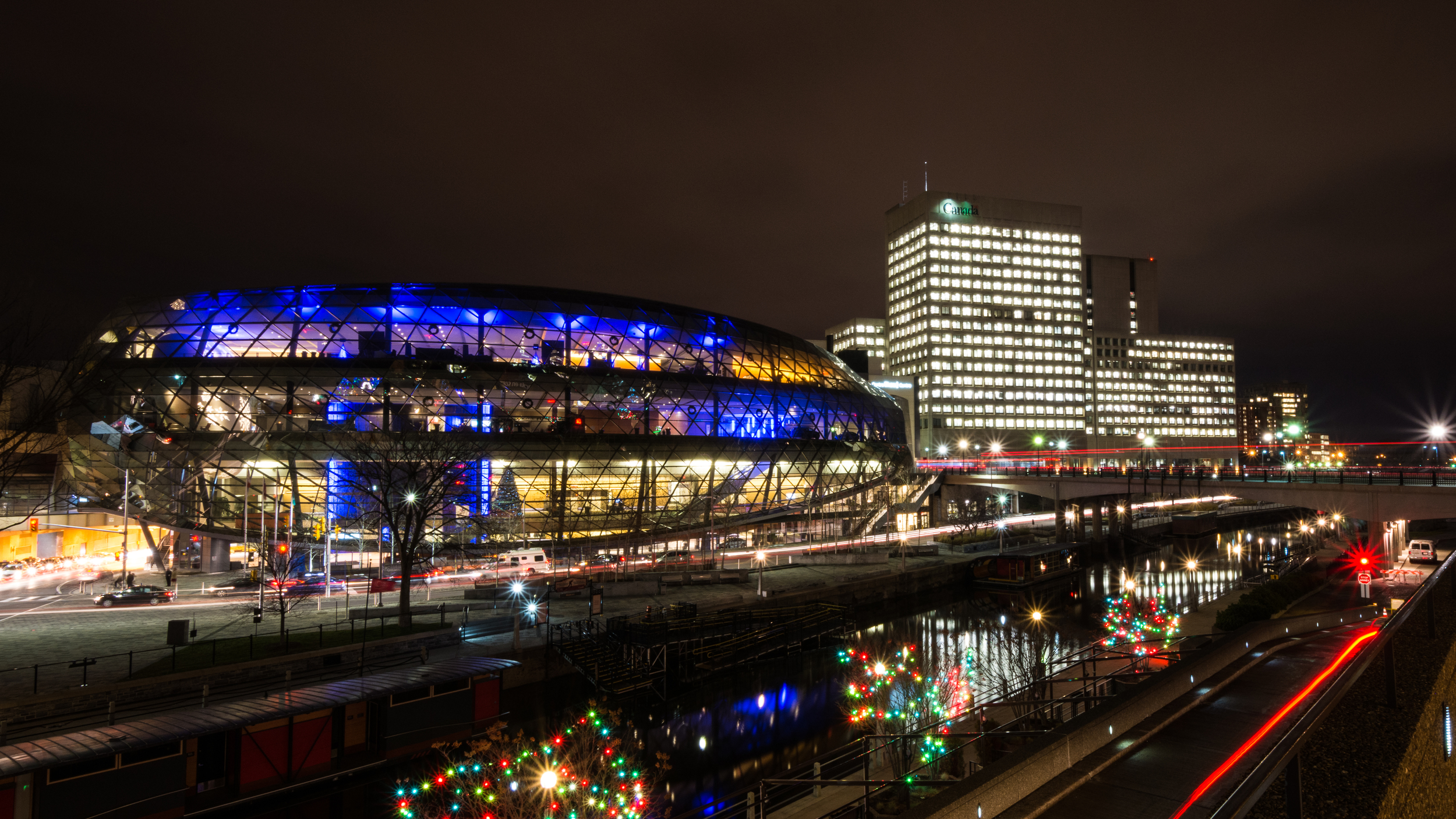Shaw Centre / f18 / 13mm / 20s / ISO 200