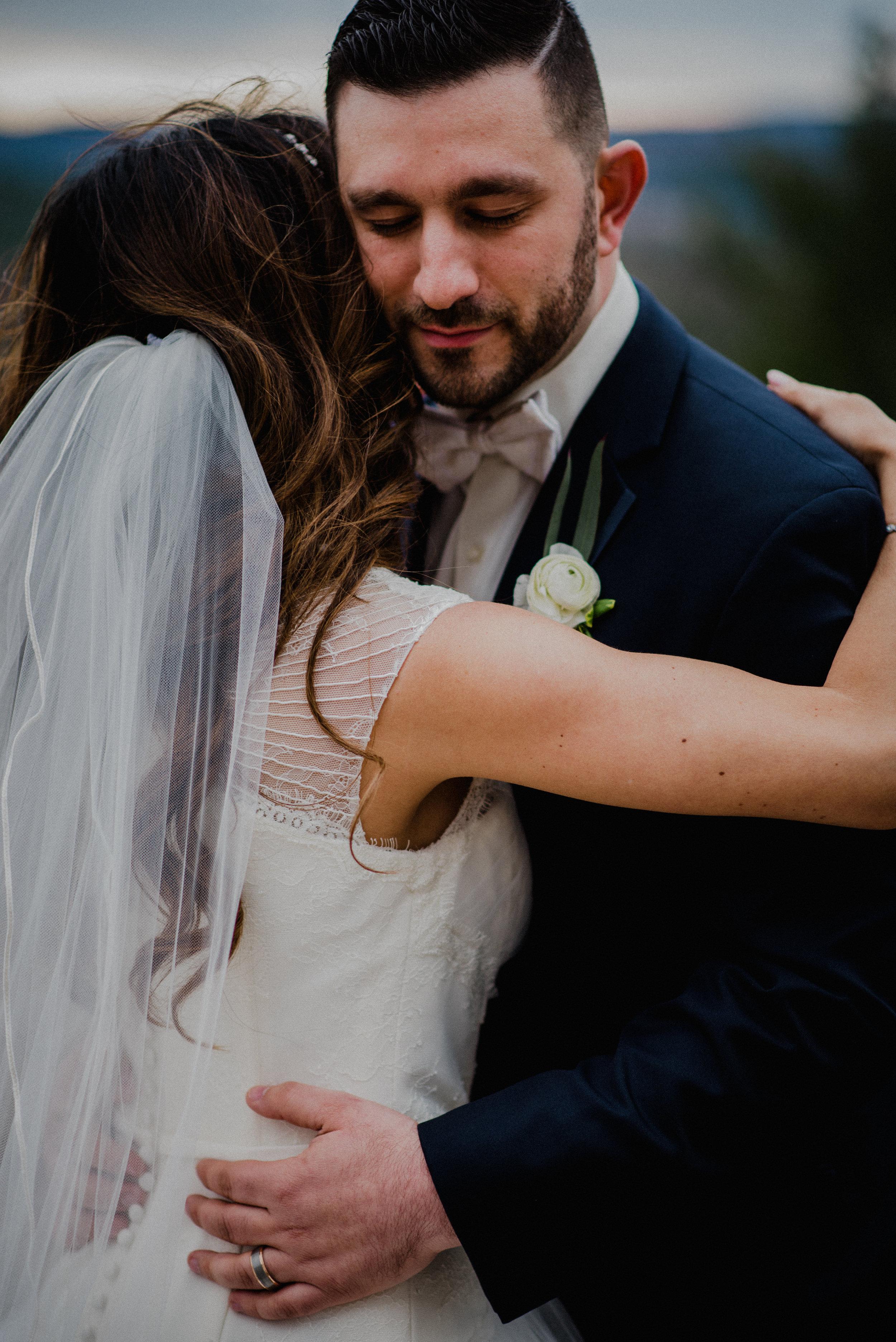 e Belvedere, Wakefield Wedding - Portrait 3