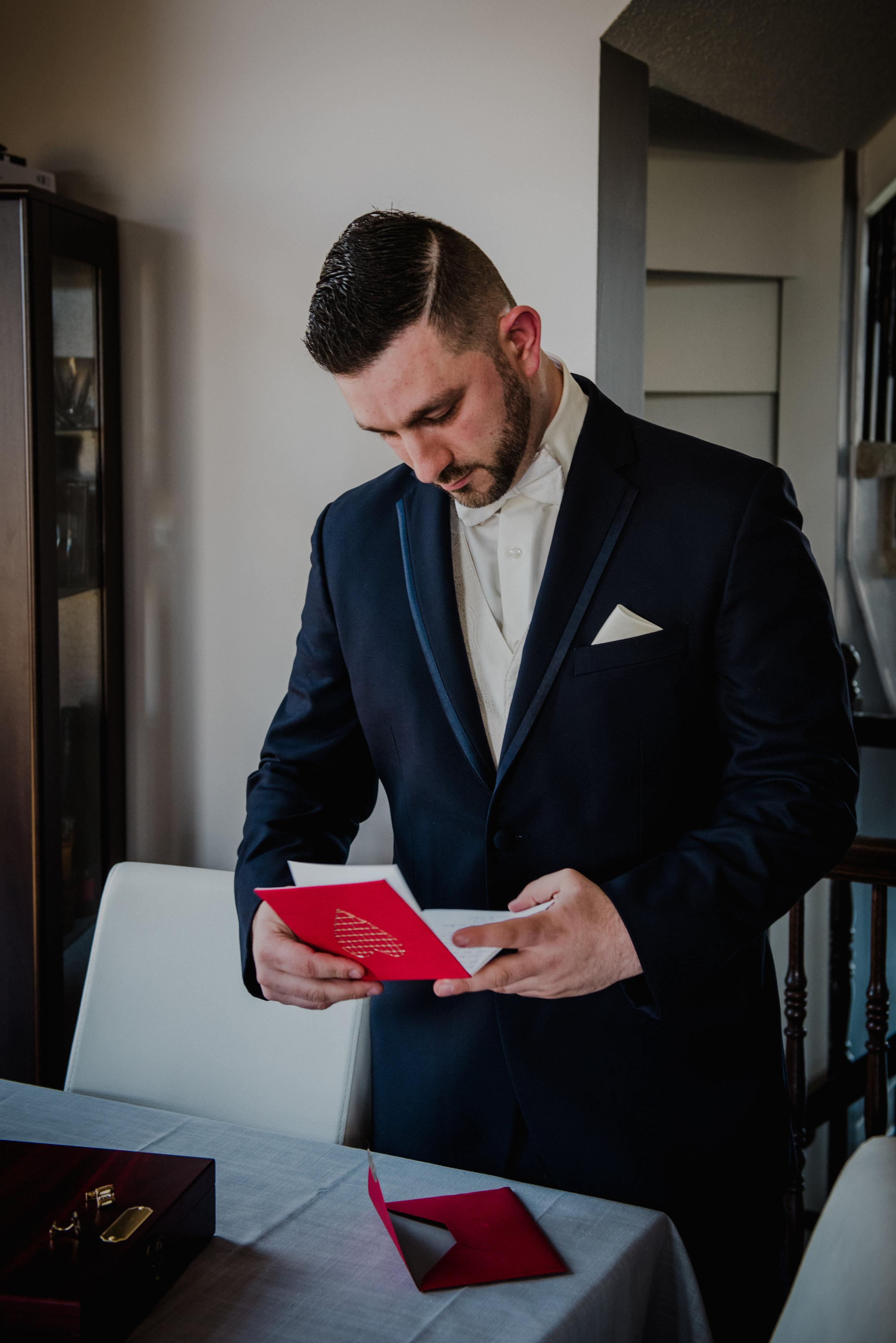 Le Belvedere, Wakefield Wedding - Groom Getting Ready 35