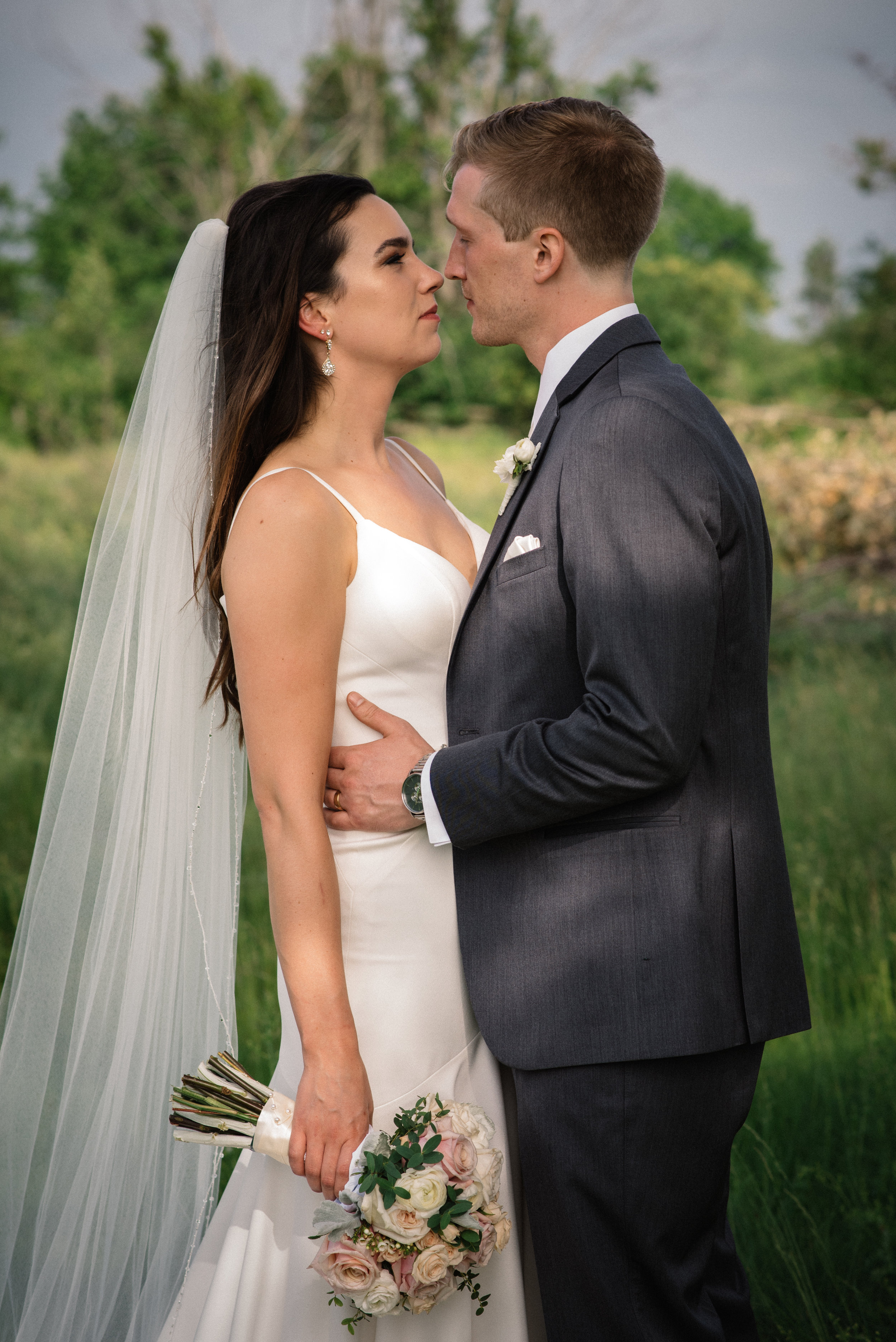 Mocha Tree Studios Ottawa Wedding and Engagement Photographer and Videographer Dark Moody Intimate Authentic Modern Romantic Cinematic Best Candid Stonefields Weddings Carleton Place 39