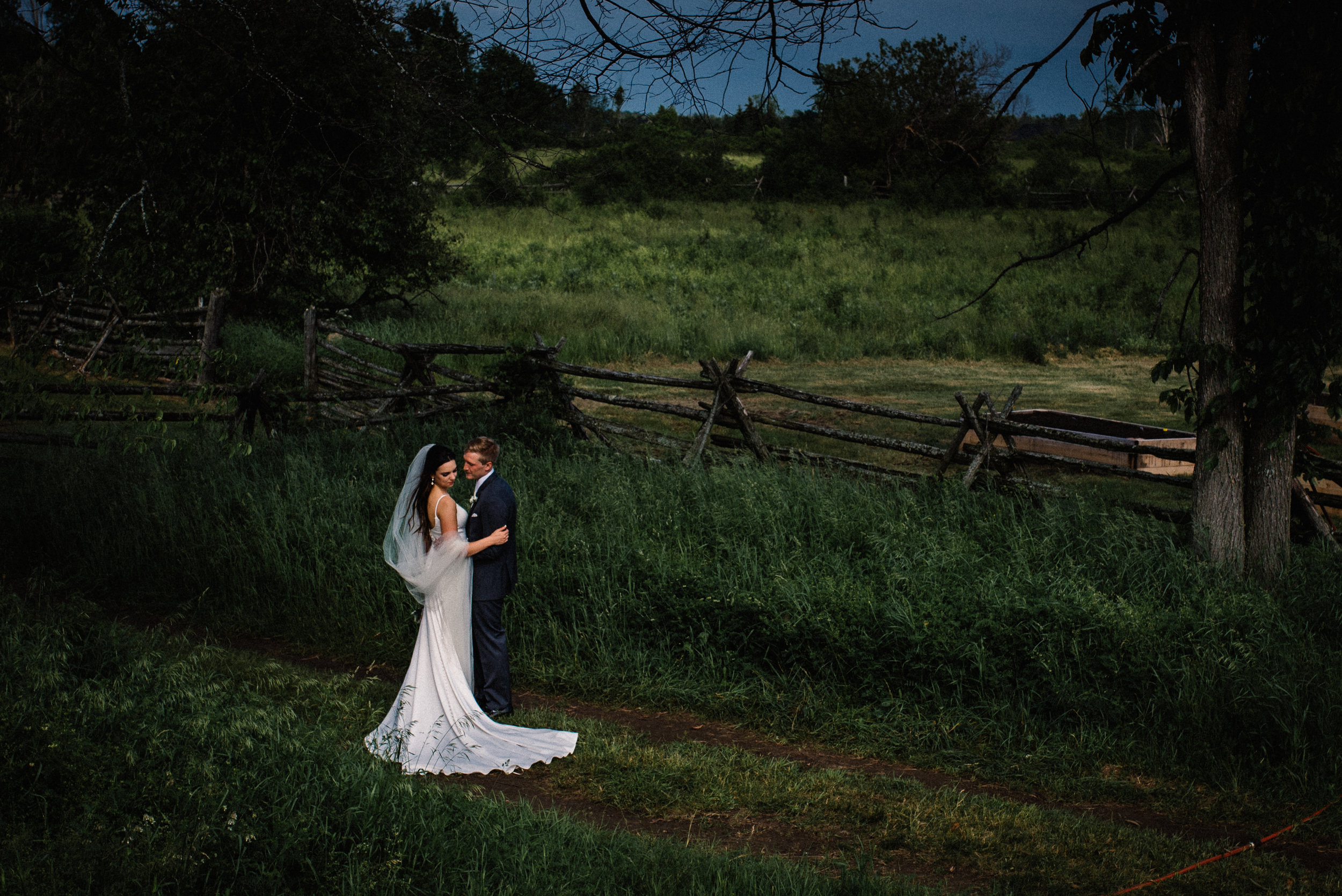 Mocha Tree Studios Ottawa Wedding and Engagement Photographer and Videographer Dark Moody Intimate Authentic Modern Romantic Cinematic Best Candid Stonefields Weddings Carleton Place 42