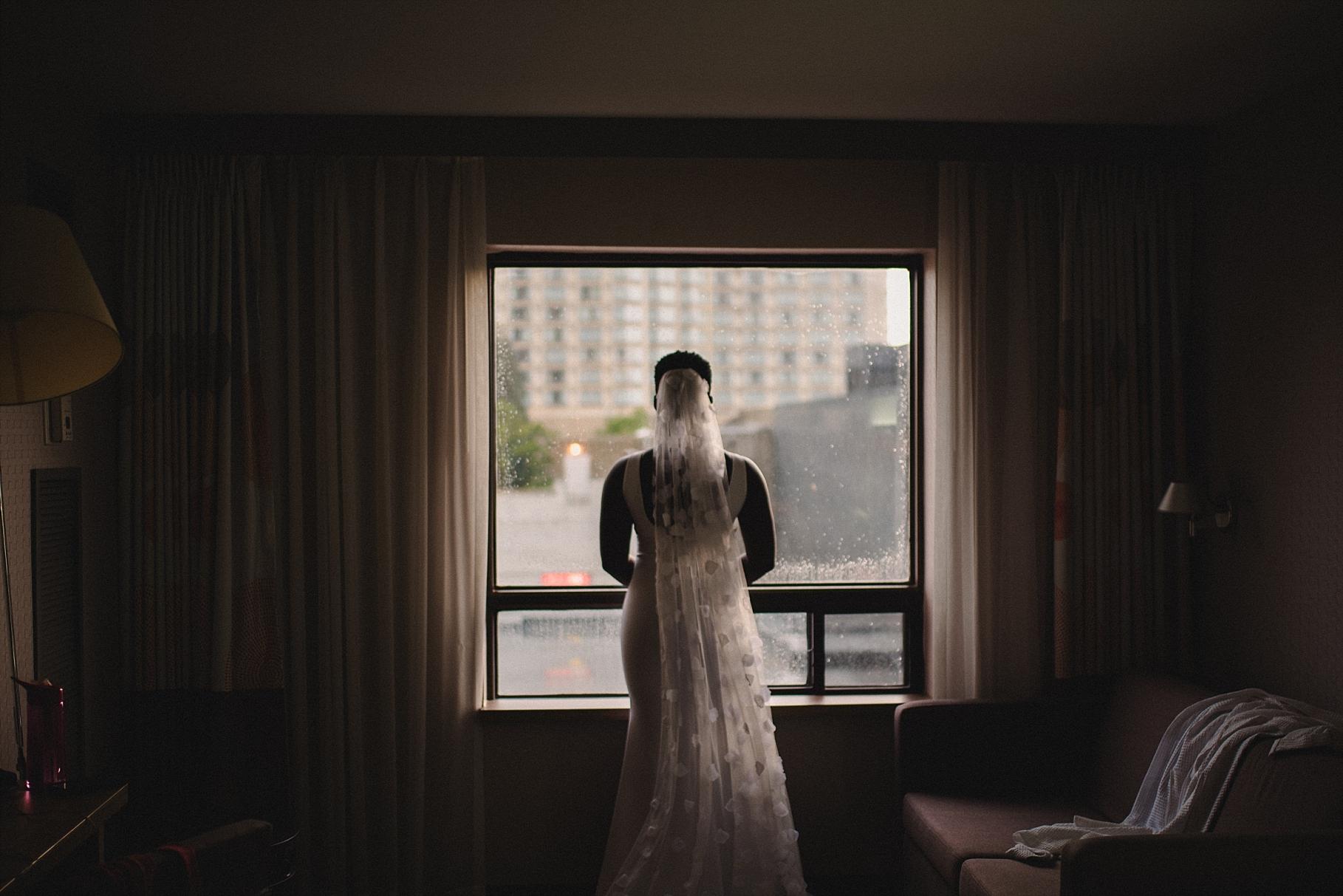Ottawa Downtown Wedding Rainy Day