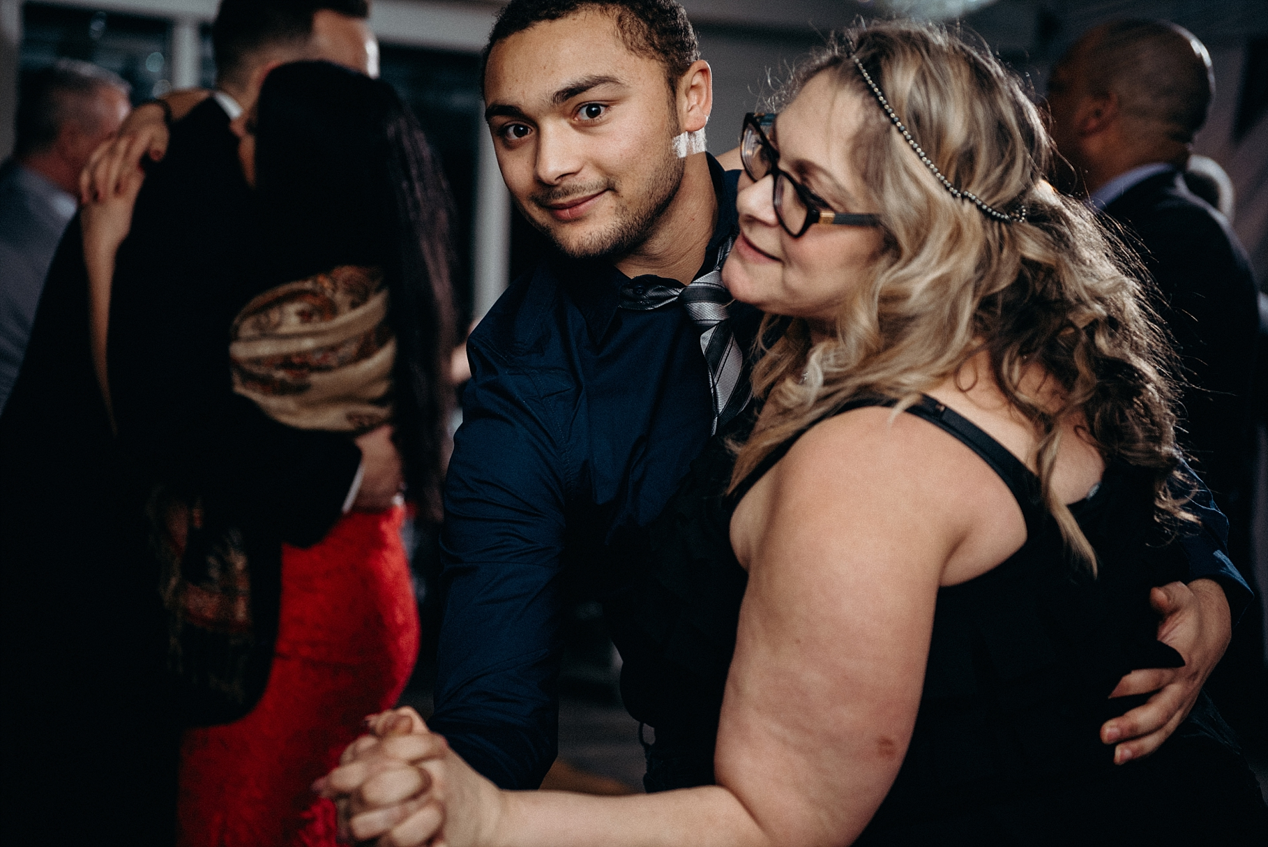 Orchard View Wedding by Mocha Tree Studios Ottawa Wedding and Engagement Photographer and Videographer Dark Moody Intimate Authentic Modern Romantic Cinematic Best Candid 43