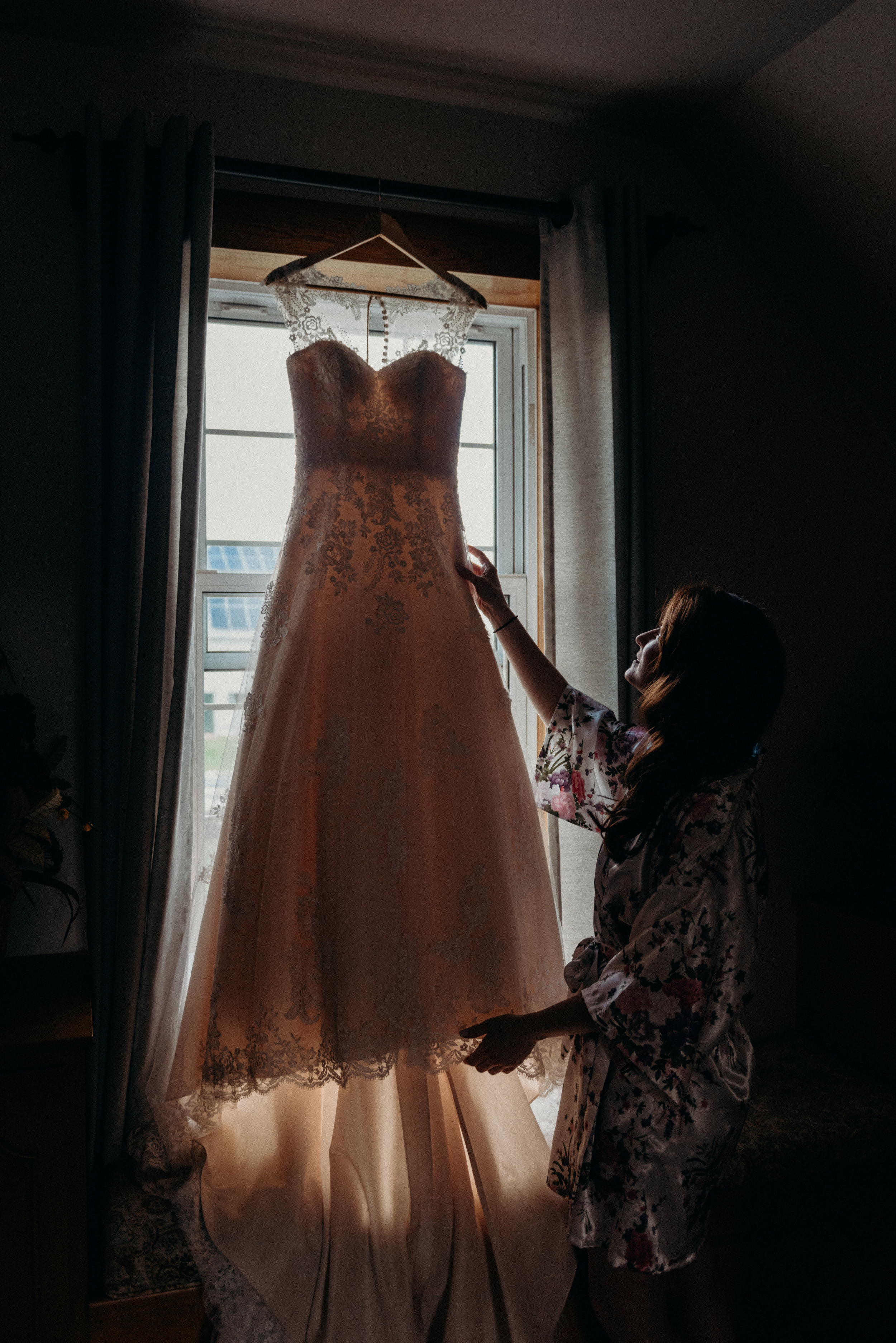 Getting Ready 1 - Ottawa wedding Photographer