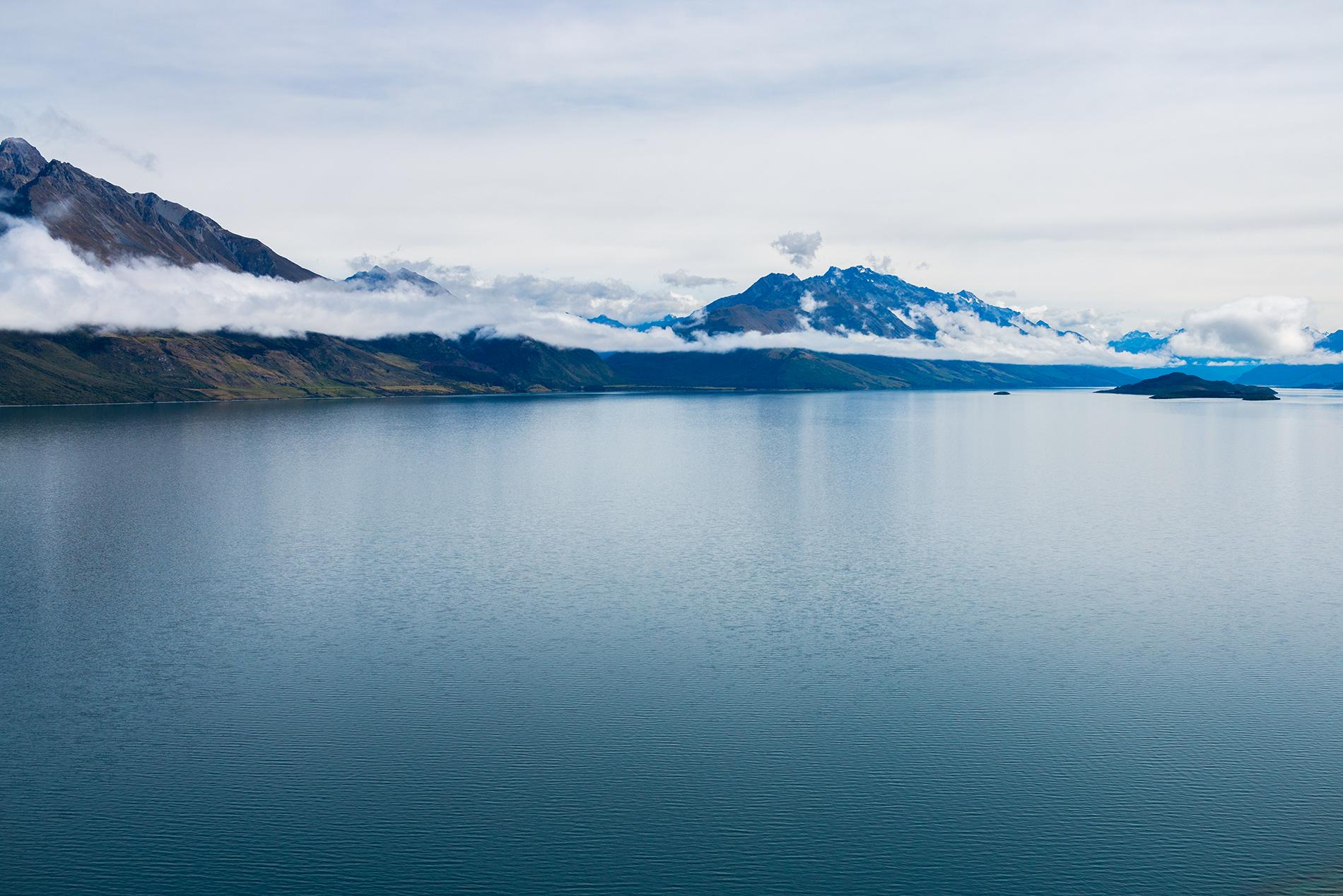 Lake_Wakatipu_New_Zealand_1.png