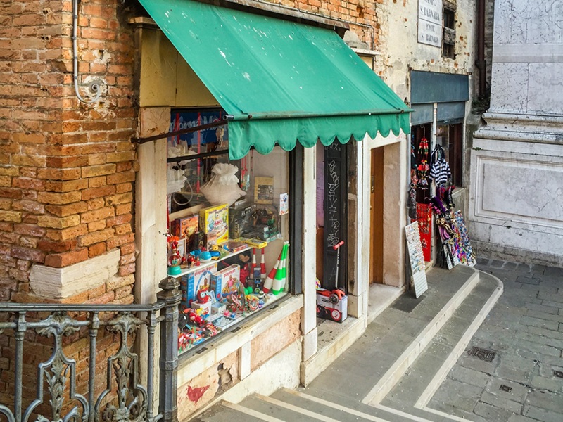 Campo San Barnaba Shop