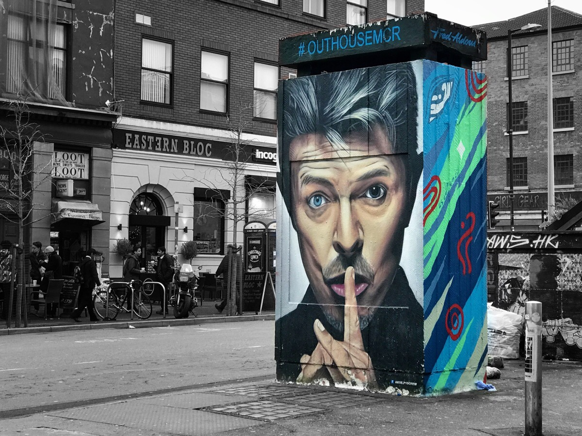 Akse created the famous David Bowie tribute in Stevenson Square.