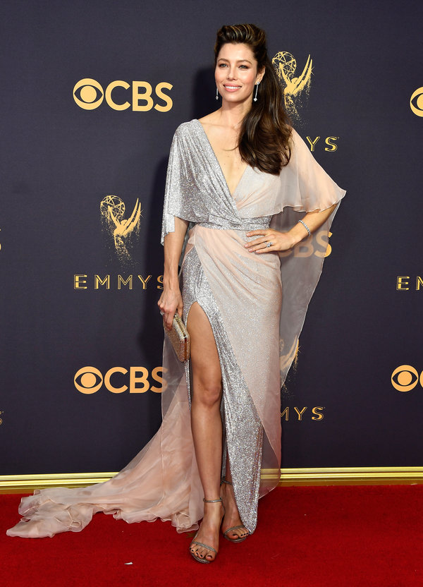 Jessica Biel - Where has she been hiding? This gown looks great on her!