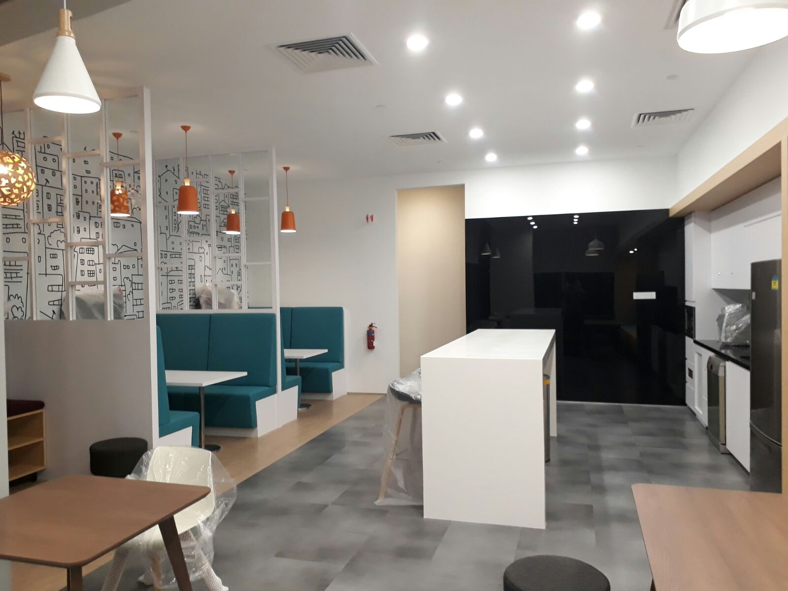 Commercial Office Breakout & Pantry