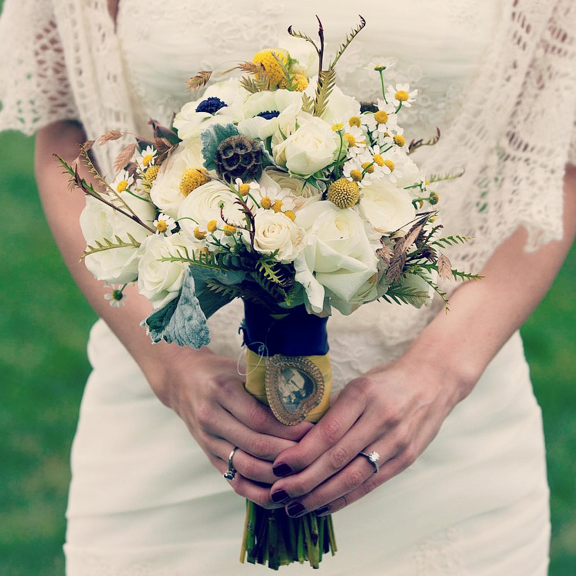 yellow-bride-flowers-2.jpg