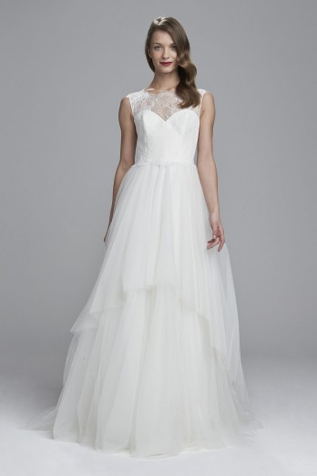 Lace-illusion-tulle-ballgown_Nouvelle-Amsale_Berwyn-348x522.jpg