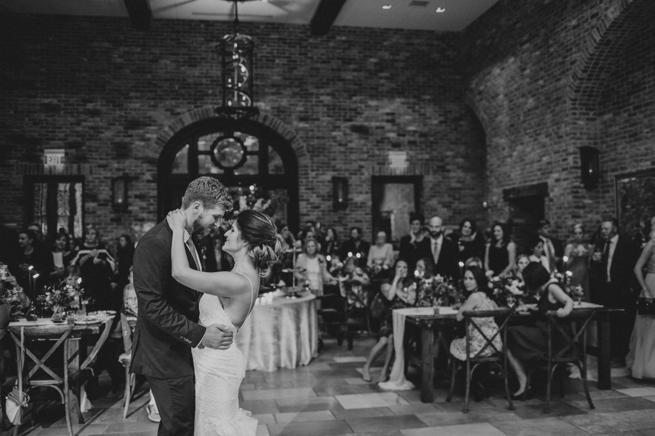 1070_ElizabethRyan_Wedding_AmyCampbellPhotography.jpg