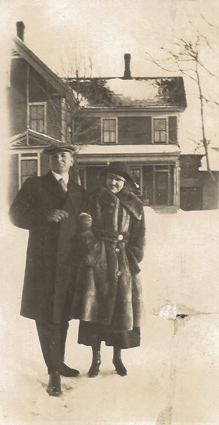 A COUPLE ENJOYING THE SNOW - 1907