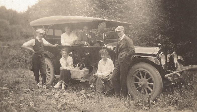OUT FOR A PICNIC - 1910?