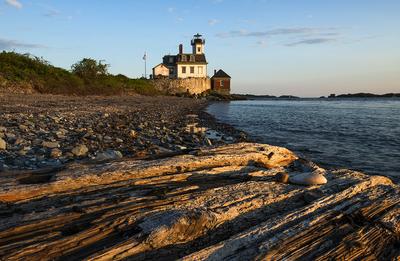 Rose Island Lighthouse at Sunset                          Photo courtesy of Rose Island Lighthouse Foundation