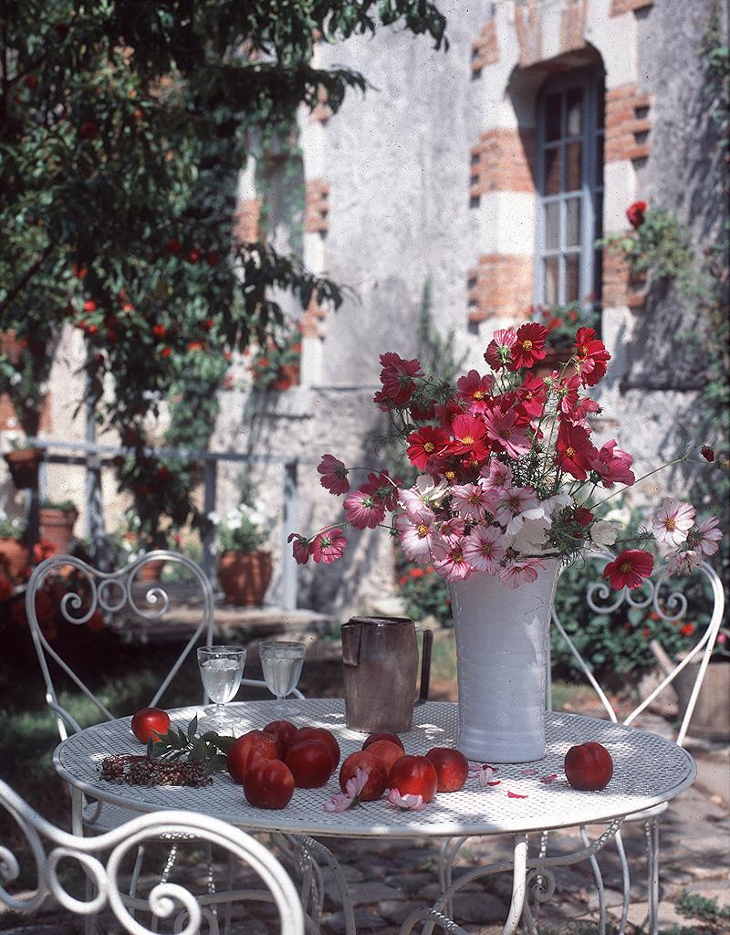 table peaches flowers.jpg