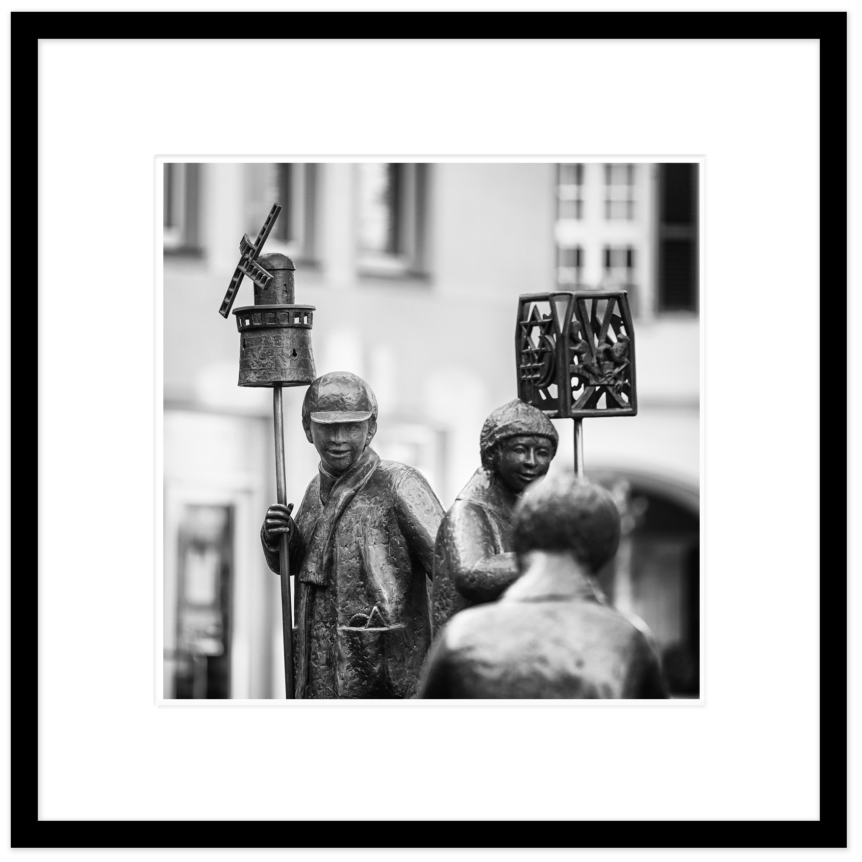 St.-Martin-Statue,-Kempen.jpg