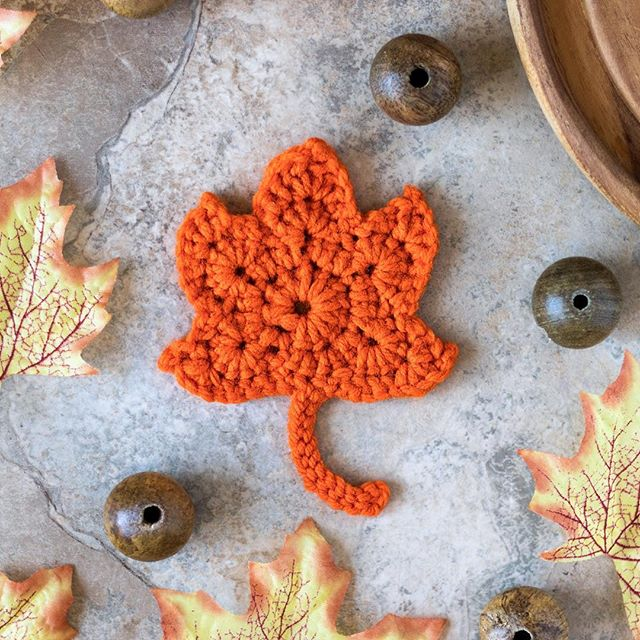 I know we're in April. This photo is not seasonally appropriate but look: I crocheted a leaf! I followed a tutorial by @thepaintedhinge to make it. It's so cute and I want 20 of them all over my apartment. Create, learn, repeat 🍁⁣⠀ — #thatsdarling #bohostyle #flatlay #bohochic #handmade #boholife #crochet #crochetersofinstagram #yarnaddict #crochetaddict #yarnlove #shophandmade #crochetlove #fiberart #craftersofinstagram #handsandhustle #abmcrafty #livecreatively #slowmade #slowcraft #handsthatmake #craftersunite #crafterslife #my_crochet #madewithlove #creativehappylife #makersgonnamake #makersmovement #modernmaker #calledtobecrafty