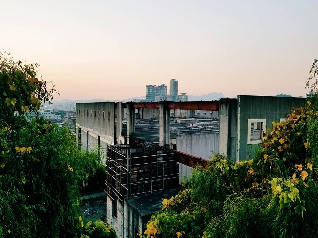 City view from Yongma Land