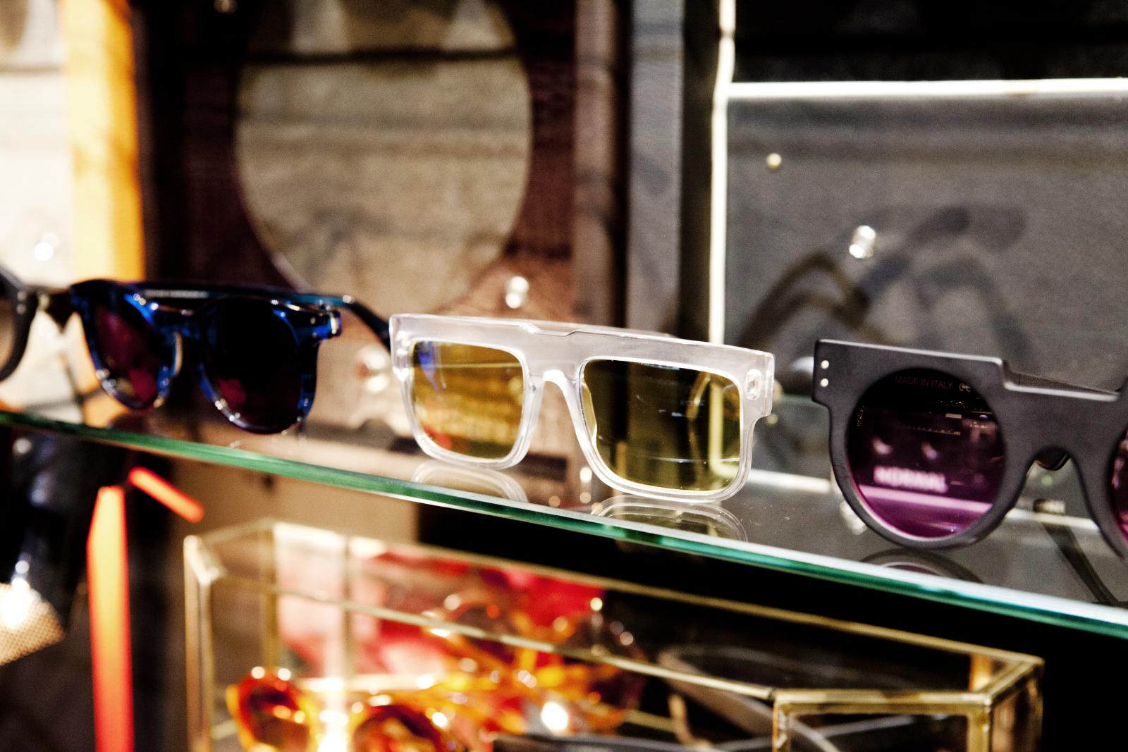 Robert_Adalierd_Rob_Design_Furniture_Wilde_sunglasses_8.jpg