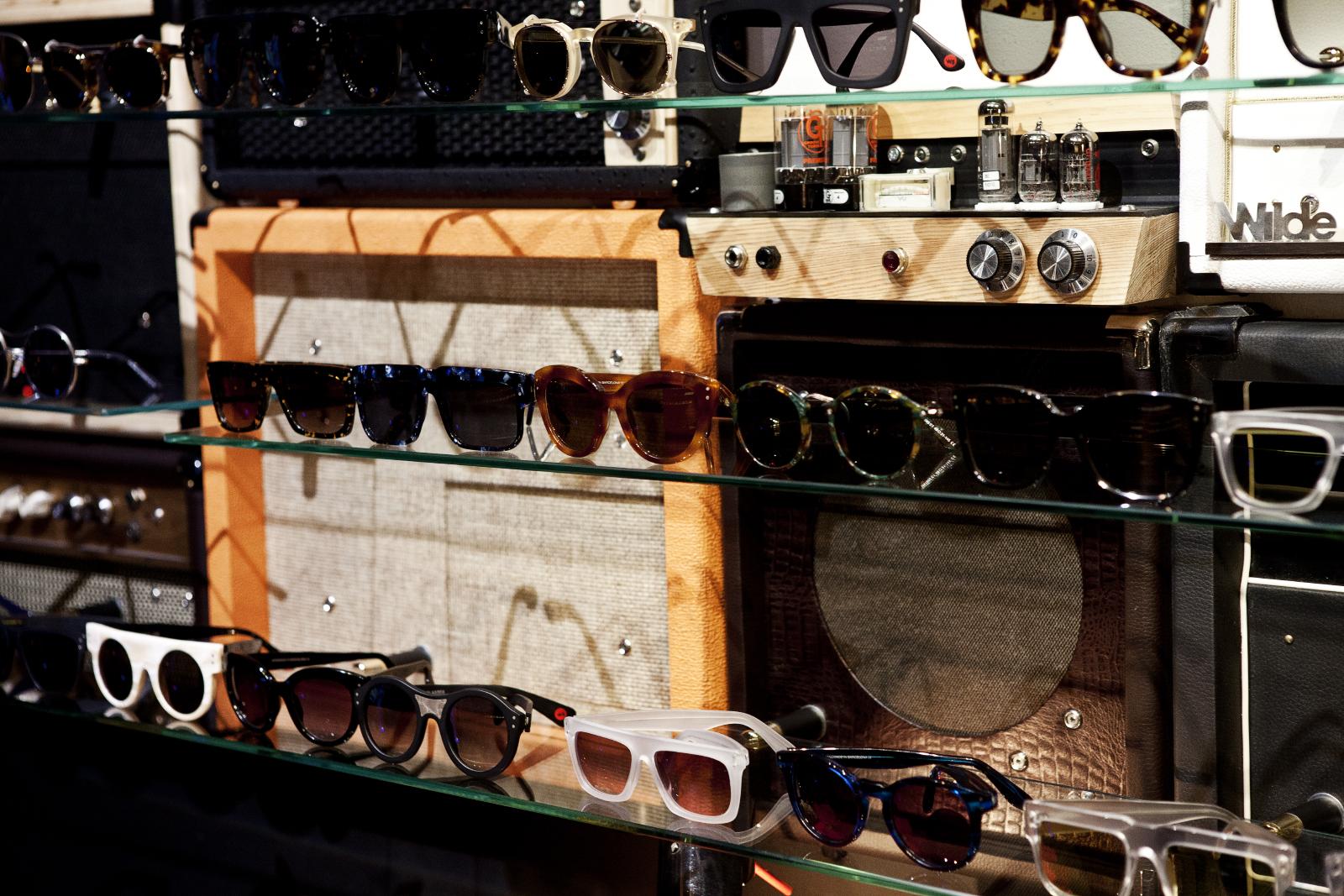 Robert_Adalierd_Rob_Design_Furniture_Wilde_sunglasses4.jpg