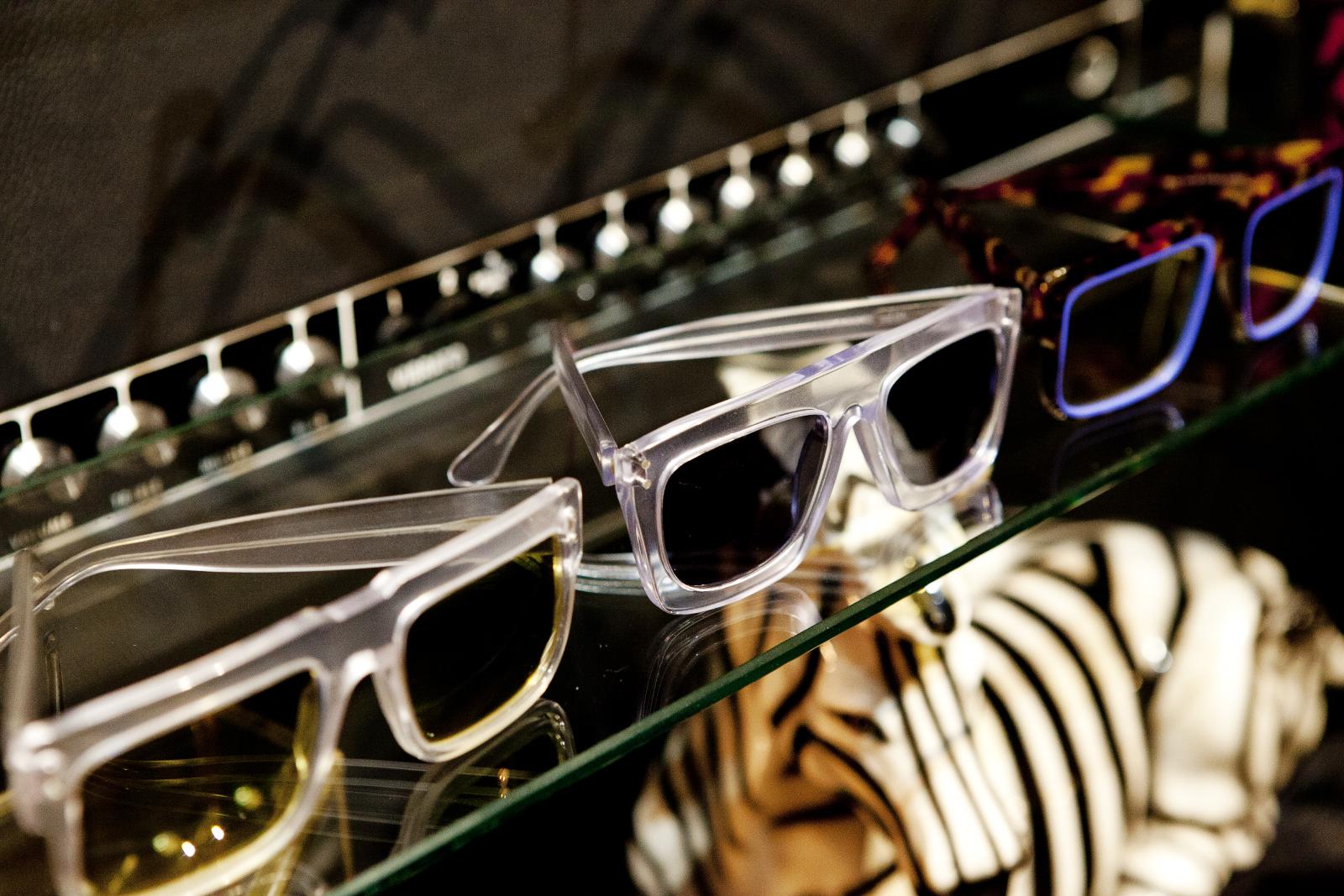 Robert_Adalierd_Rob_Design_Furniture_Wilde_sunglasses7.jpg