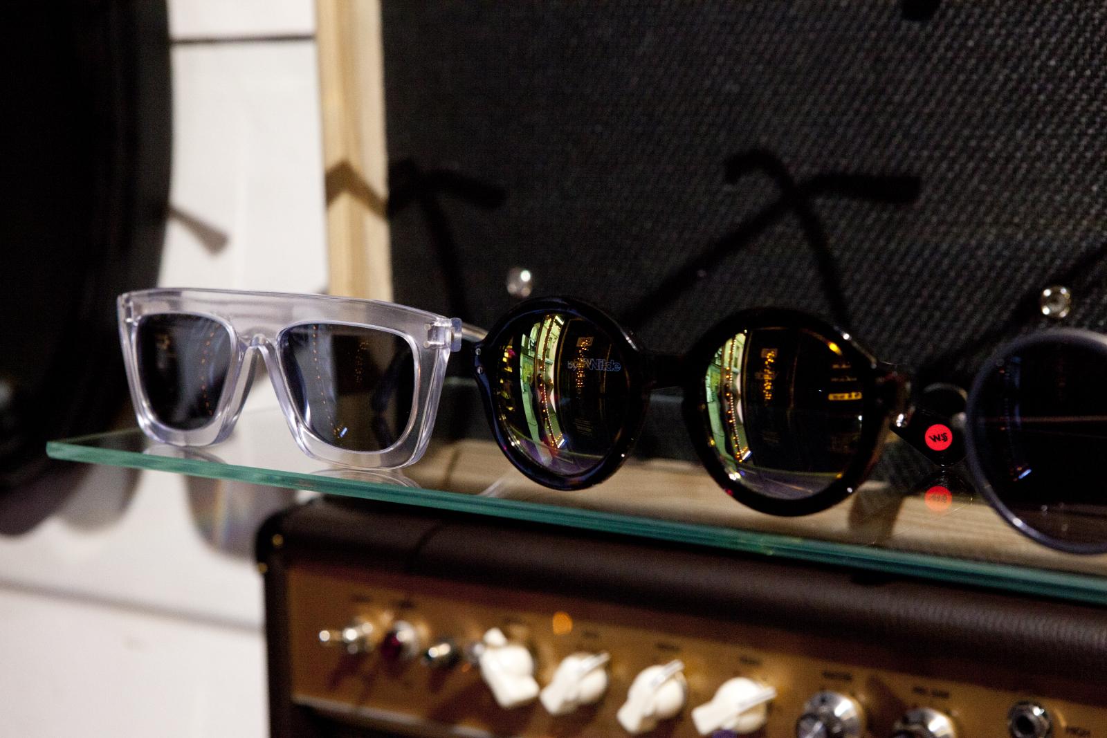 Robert_Adalierd_Rob_Design_Furniture_Wilde_sunglasses15.jpg