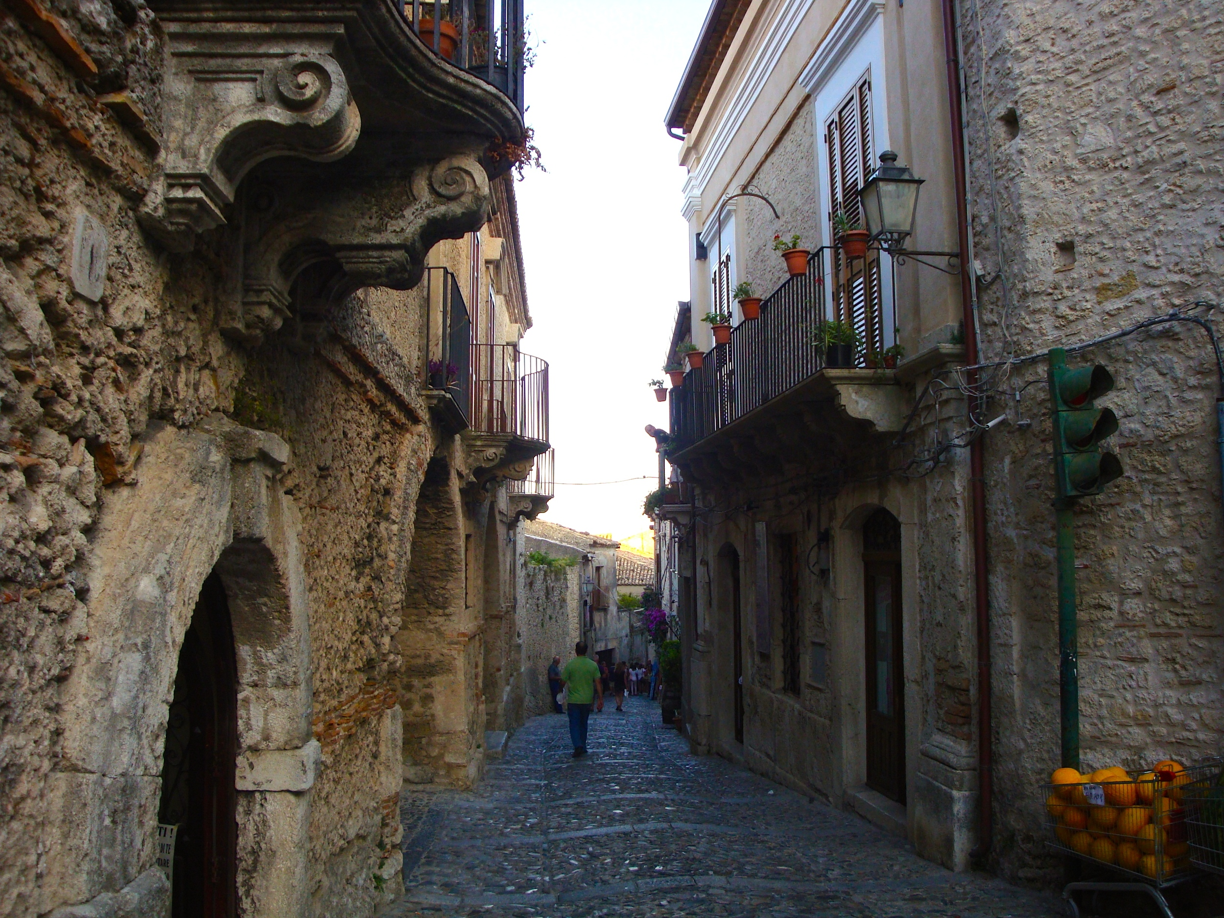 Gerace-Calabria-Street