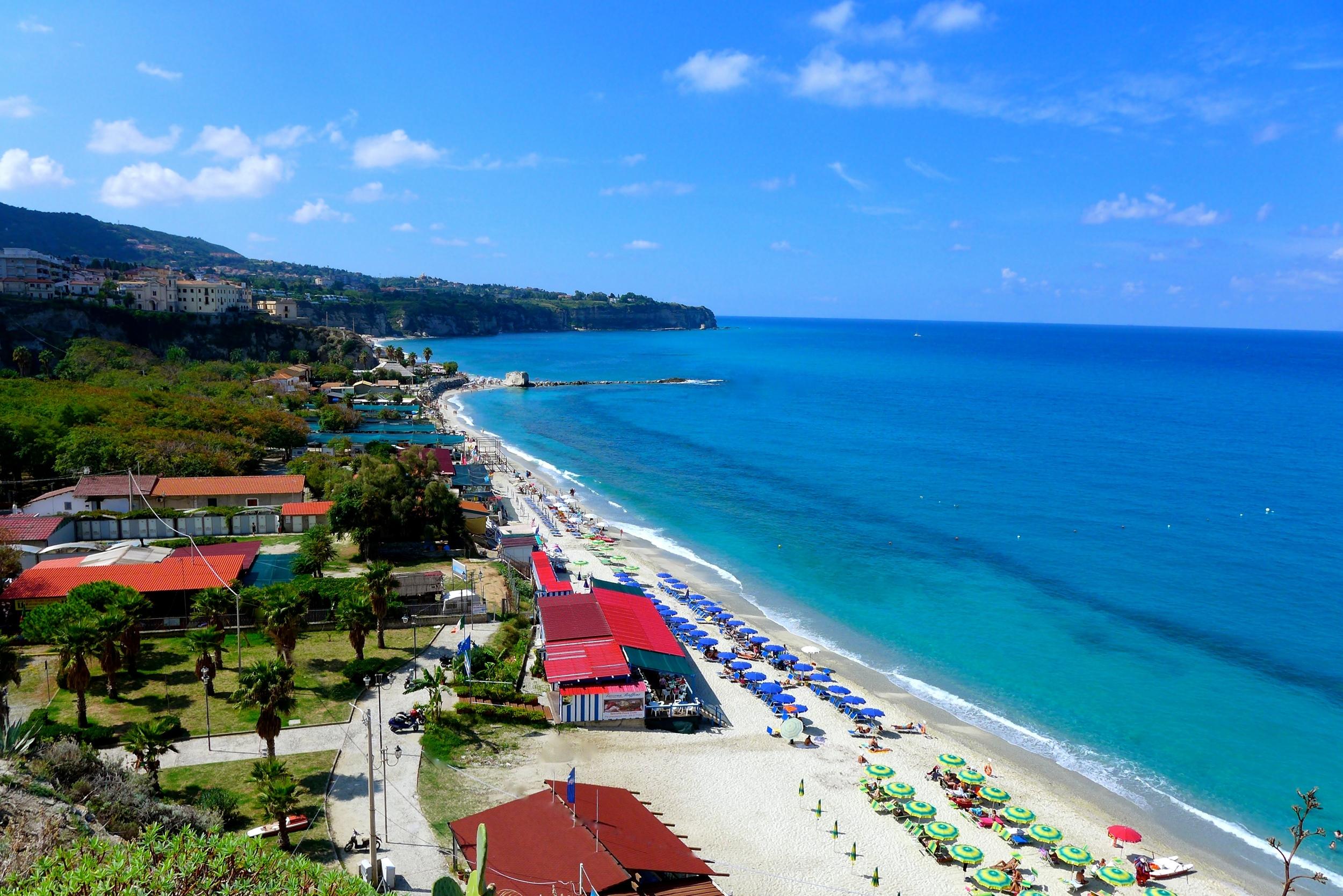 Tropeae-Beach