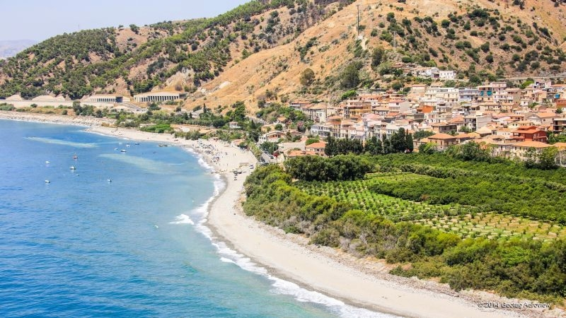 THE SCENT OF CALABRIA -