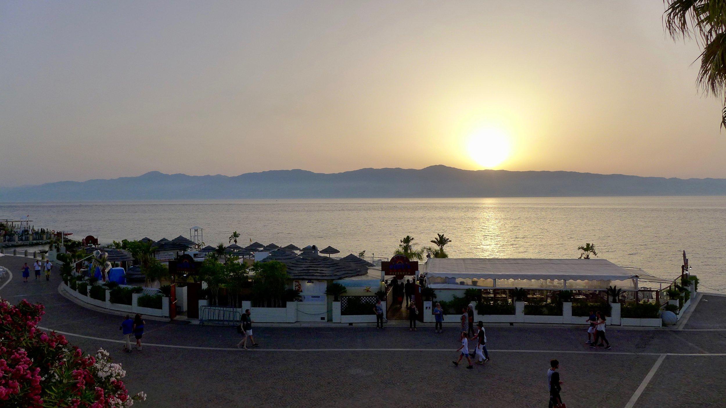 pepys-beach-reggio.jpg