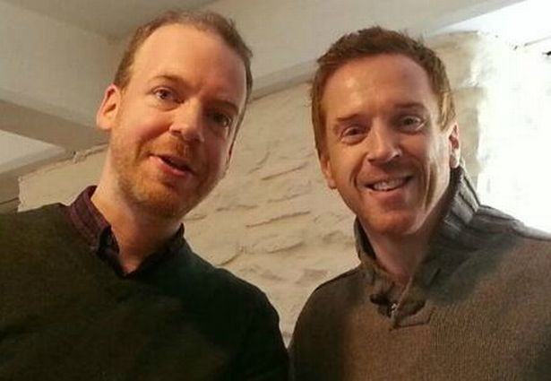 The Famous Damien Lewis Photograph!