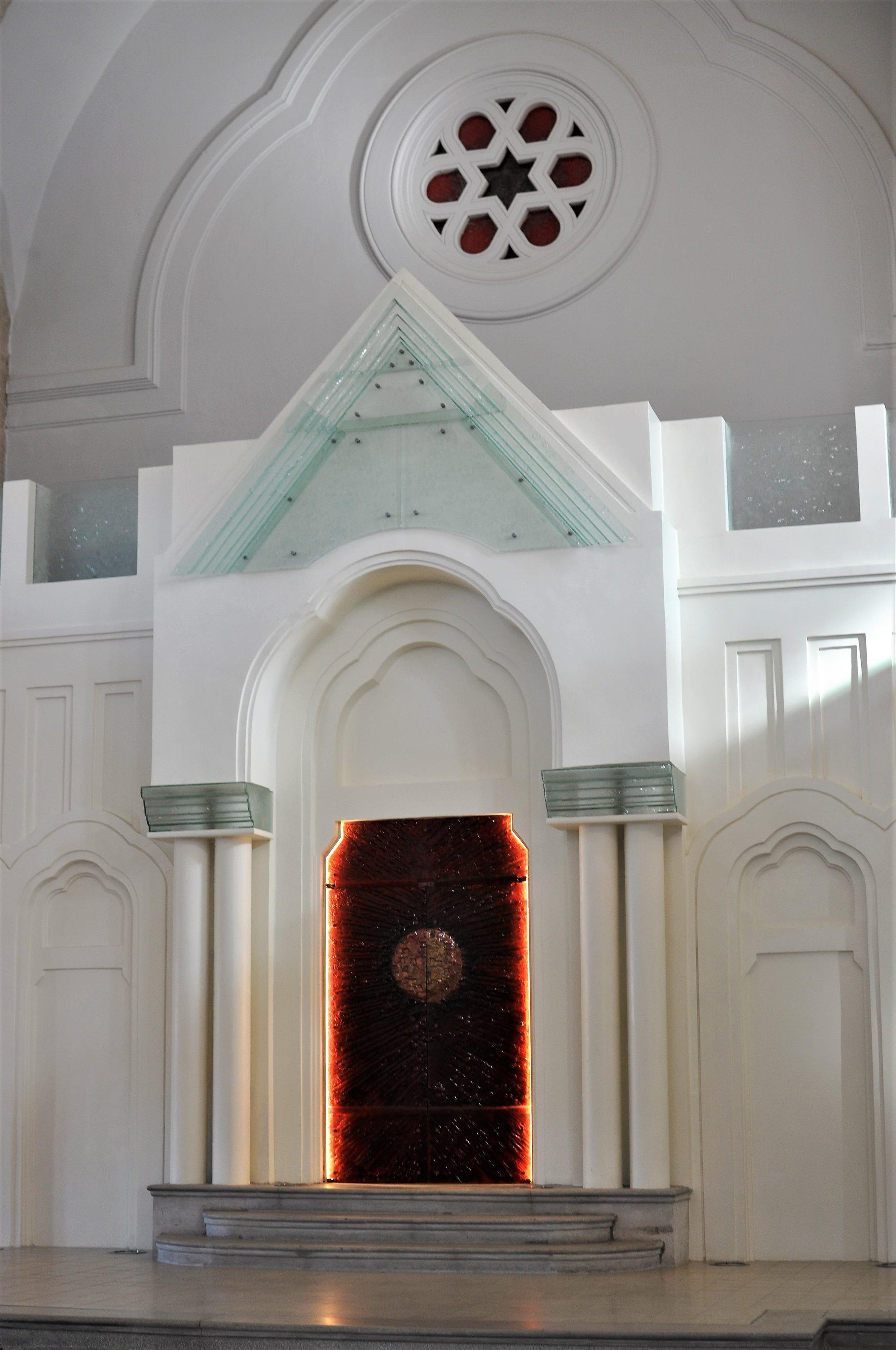 Lucenec synagoga after.jpg