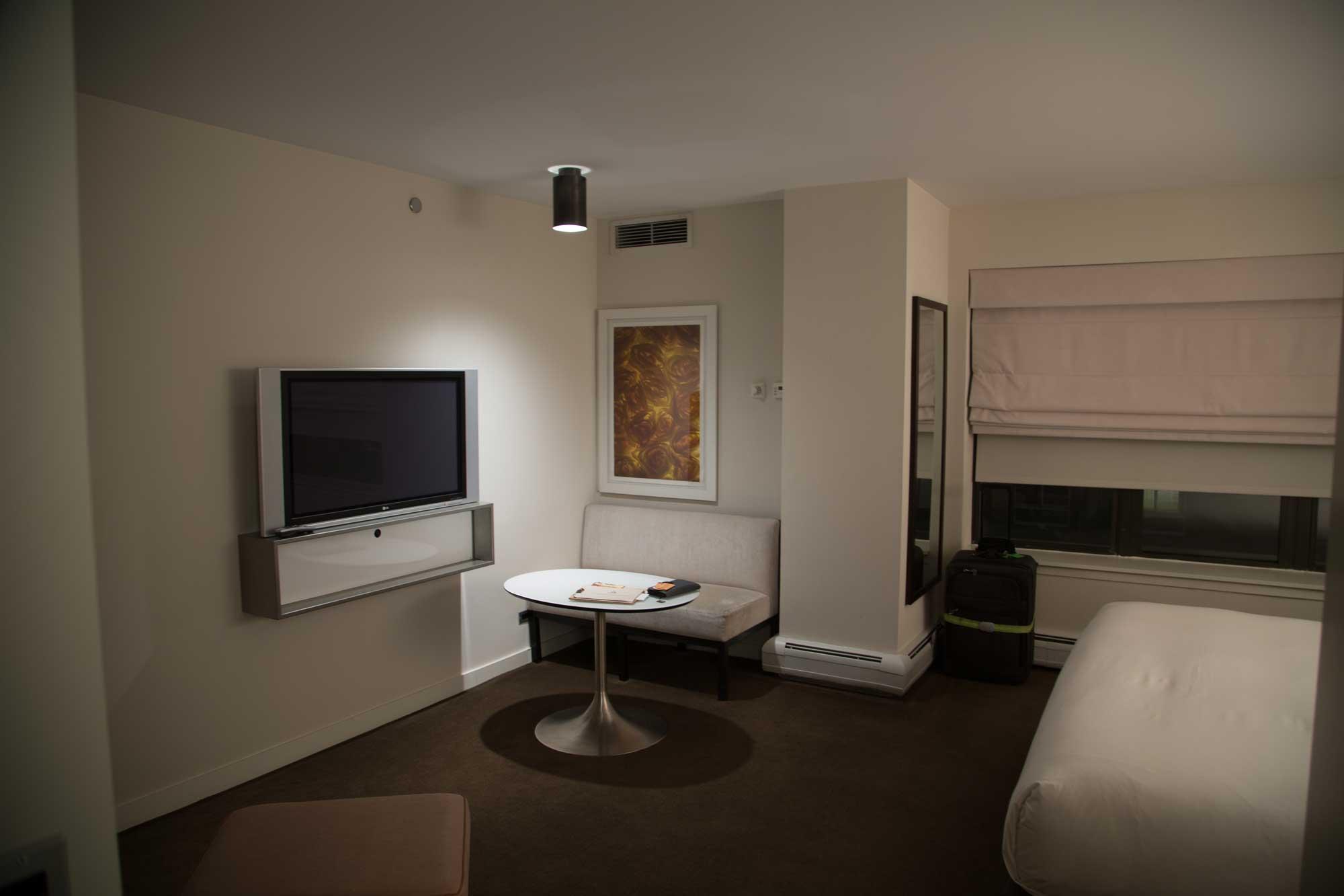 The-James-Hotel-Chicago-2.jpg
