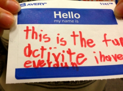 """TRANSLATION: """"THIS IS THE FUNNEST ACTIVITY I HAVE EVER DONE"""