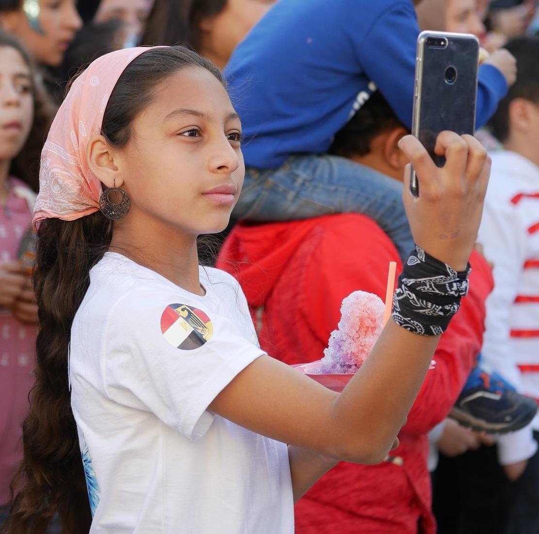 mobile-phone-4194435_1920.jpg