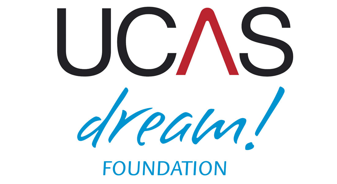 Applying via UCAS - Dream Foundation is an official UCAS centre and can help with applications to all British universities. We will introduce the various opportunities and guide you through the application process. In addition, you can also meet young people who have studied in the UK and can share their experience.