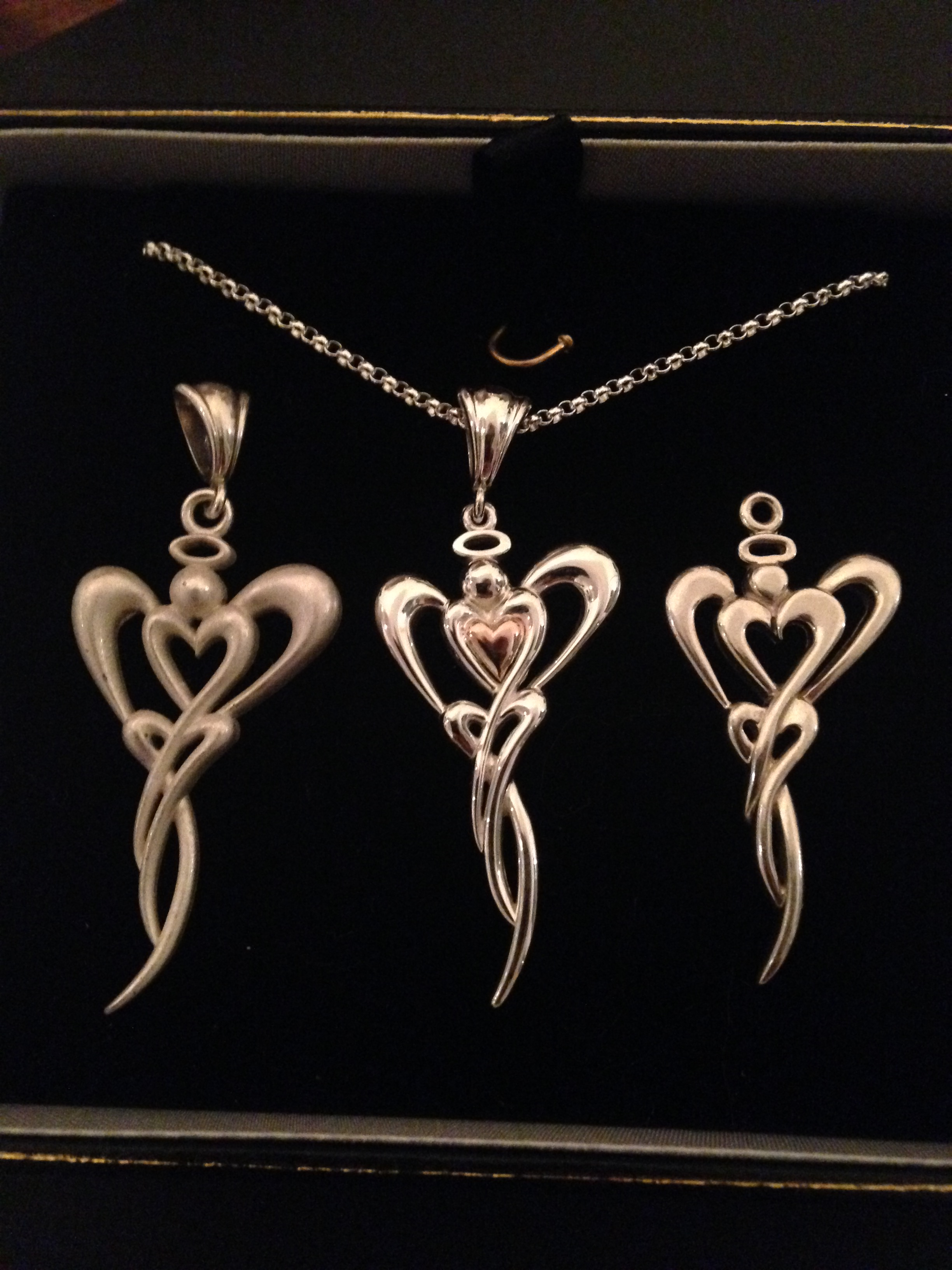 Red Tree Jewelry Heart Angel