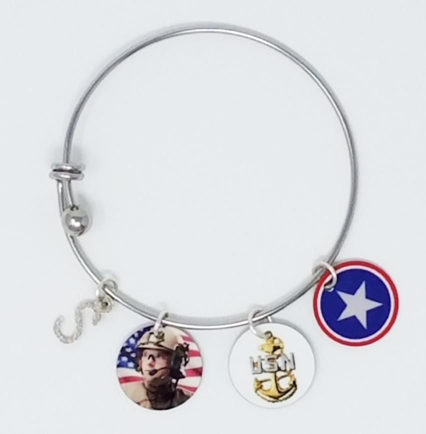 Can+Add+Additional+Charms+Bracelet.jpg