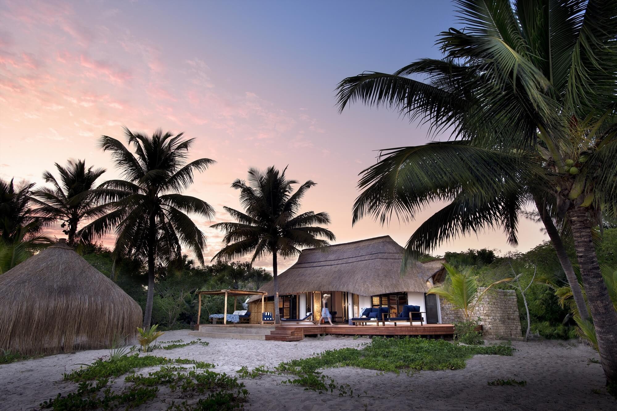 Casinha-Benguerra-Island-Mozambique.jpg