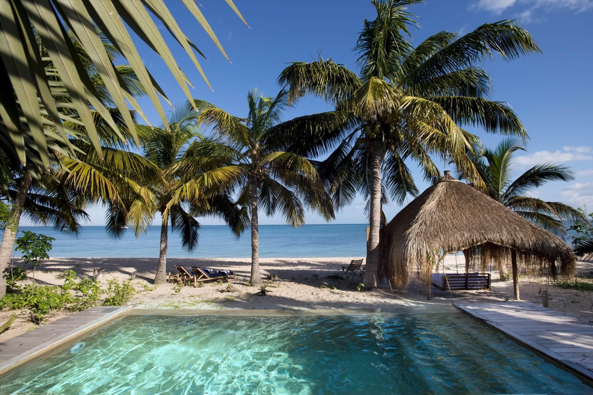 Benguerra-Island-Private-Pool-3.jpg